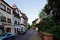 Blick von der Hochstraße in Richtung Burggarten, das dritte Haus auf der linken Seite ist das Andernacher Stadtmuseum.jpg