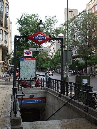 Lista (Madrid Metro) - Image: Boca Metro Lista DSCF0671