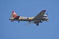 Boeing B-17G-85-DL Flying Fortress Nine-O-Nine Arrival Pass 09 CFatKAM 09Feb2011 (14797250509) (2).jpg