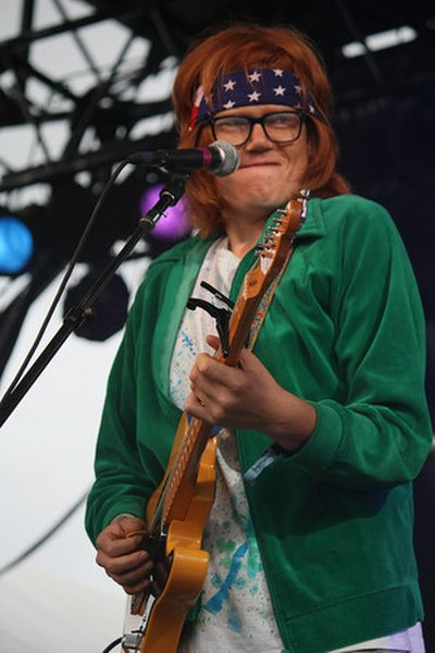 Picture of a band or musician: Brett Dennen