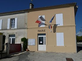 Briessarchiac mairie.JPG
