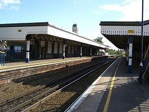Broadstairs railway station - View of Main Platform