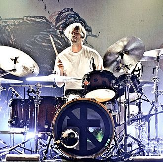 Brooks Wackerman - Brooks Wackerman performing live with Bad Religion.