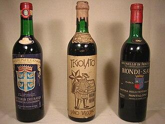 """Brunello di Montalcino - Brunello di Montalcino """"Biondi-Santi, 1967 - Brunello di Montalcino """"Fattoria dei Barbi, 1968 , bottle N° R7381 - Tegolato, 1966, produced bottles: 39.200, bottle n°20.910"""