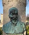 Buste de Théodore Jouvet, Valence dans le parc Jouvet (janvier 2021).jpg