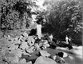 COLLECTIE TROPENMUSEUM Boogbrug over de Datarrivier op de route naar Adjibarang. TMnr 60004357.jpg