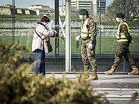 https://upload.wikimedia.org/wikipedia/commons/thumb/a/a4/COVID26_Iruñean_-_El_ejército_en_las_calles.jpg/200px-COVID26_Iruñean_-_El_ejército_en_las_calles.jpg