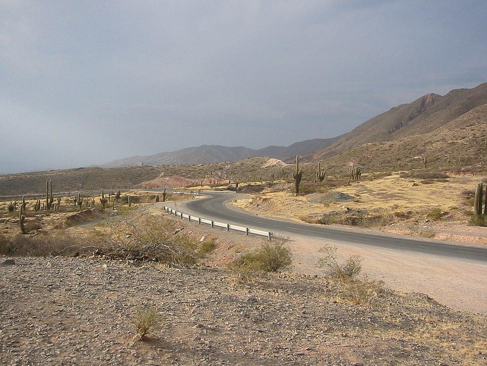 Camino a Cachi
