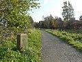 Canal milestone - geograph.org.uk - 1025405.jpg