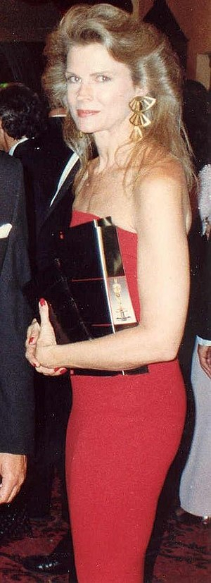 Candice Bergen - Bergen at the 60th Academy Awards in April 1988.