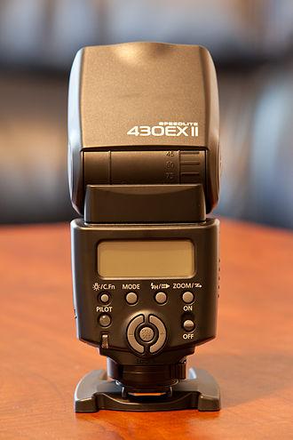 Canon EOS flash system - Canon Speedlite 430EX II