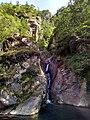 Cascata con laghetto Gran Paradiso.jpg