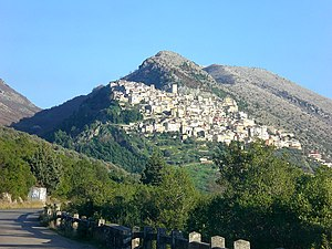 Alburni - View of the Alburni in Castelcivita