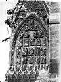 Cathédrale Notre-Dame - Base de la tour sud, tympan décorant la face en retour - Reims - Médiathèque de l'architecture et du patrimoine - APMH00030548.jpg