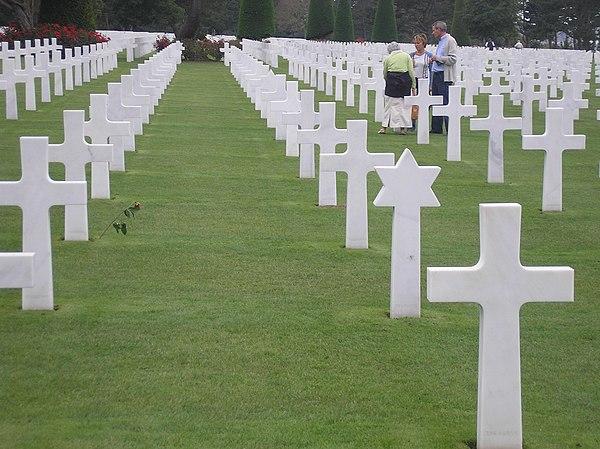 Den amerikanska krigskyrkogården vid Omaha Beach