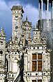Château de Chambord - vue rapprochée d' une lucarne.jpg