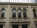 Charleroi - Passage de la Bourse - fenêtres du 2e étage.jpg