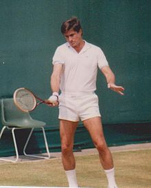 Charlie Pasarell in Over 35s Doubles Wimbledon 1985.jpg