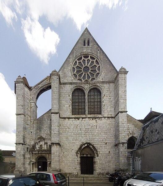 File:Chartres, Église Saint-Aignan, West Façade.jpg Chartres (Шартр), Франция - путеводитель по городу, достопримечательности