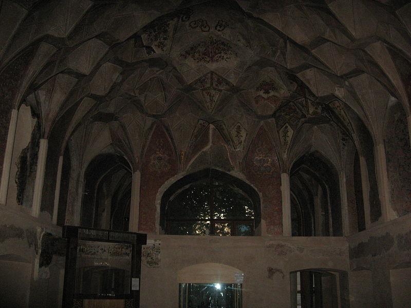 کاخ چهل ستون اصفهان چهل ستون قزوین عمارت کلاه فرنگی
