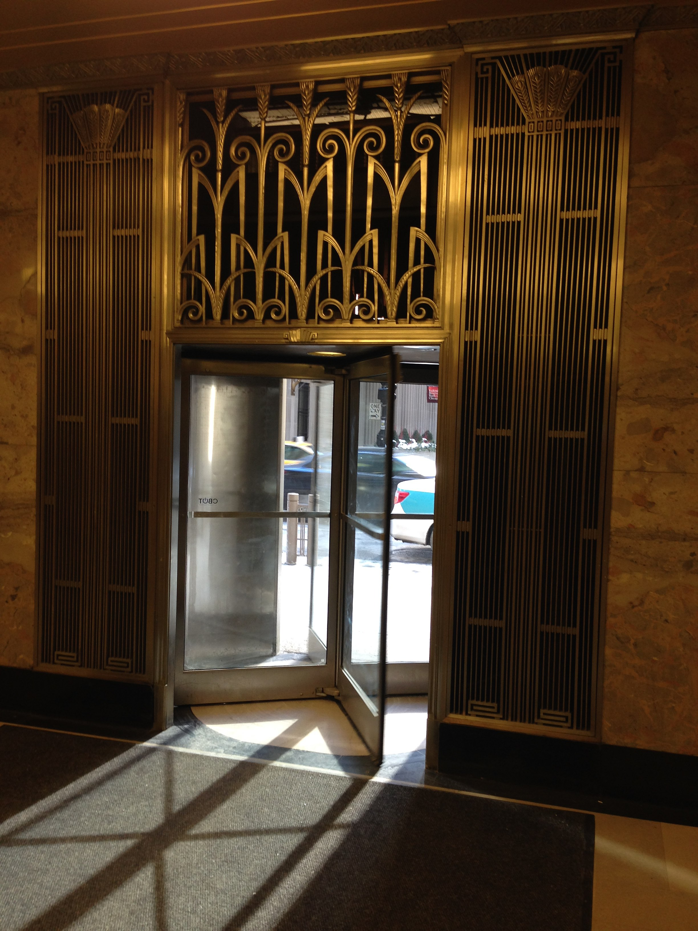 Beau File:Chicago Board Of Trade Lobby Interior Doors