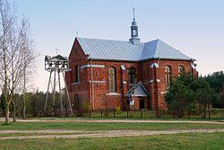 Chotcza Dolna-kościół.JPG