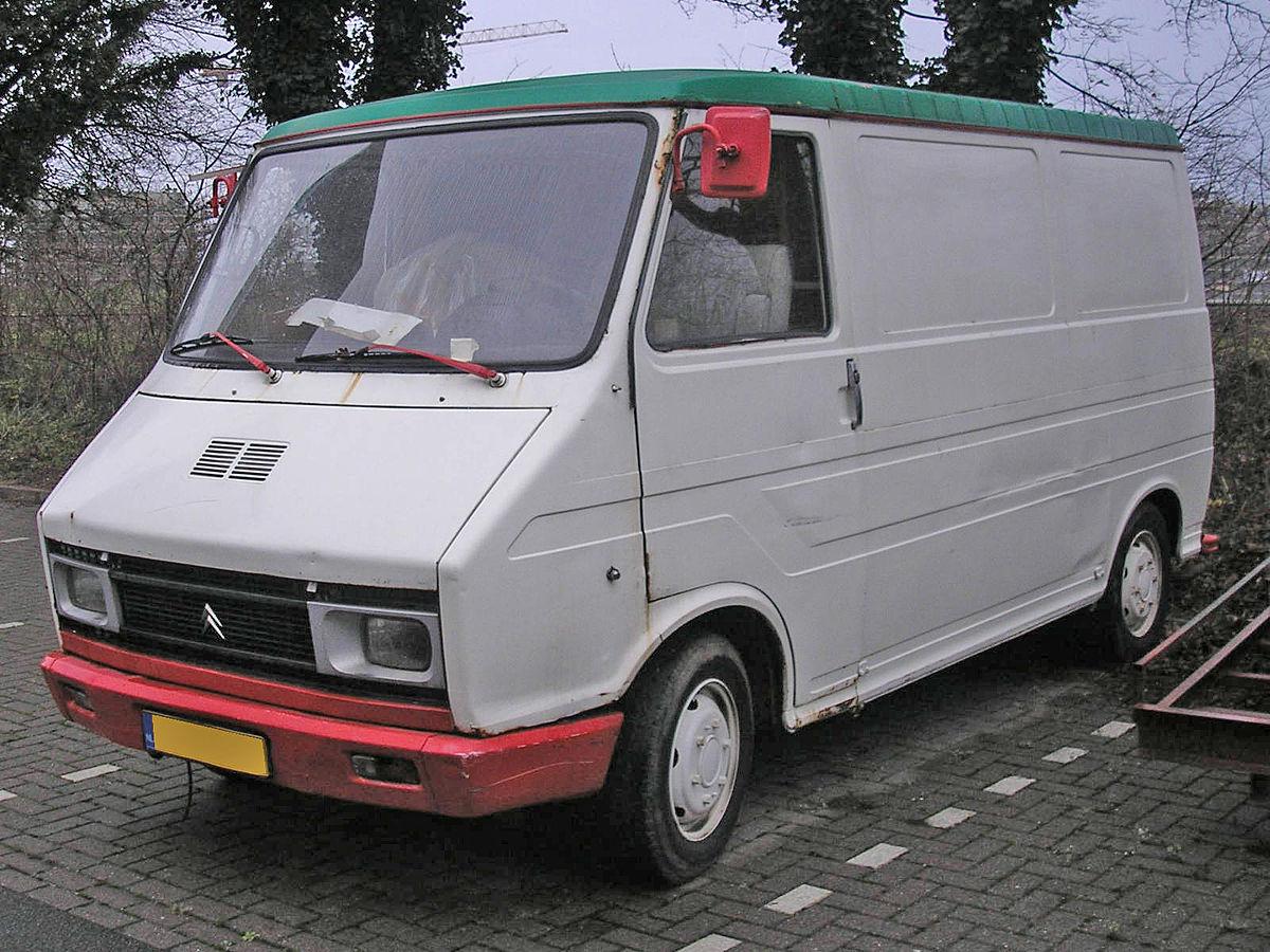 Très Citroën C35 — Wikipédia GA95