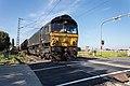Class 66 DE 685 (10016659144).jpg