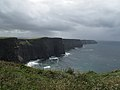 Cliffs of Moher im Regen - panoramio.jpg