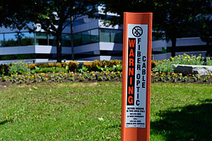 Cogeco - A marker post alerting to the presence of Cogeco optical fiber