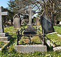 Colenso, William and Sarah Grave (01).jpg
