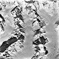 Columbia Glacier, Cirque Glacier and Valley Glacier Heads, Terentiev Lake, March 24, 1986 (GLACIERS 1384).jpg