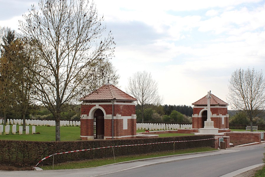 Commonwealth military cemetery in Hotton (Belgium)