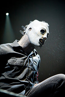 Description de l'image Corey Taylor at Allstate Arena 2009 3.jpg.
