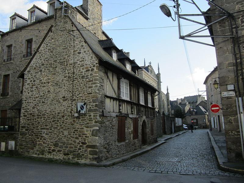 File:Couvent des Ursulines de Dinan.JPG Исторические памятники Динана, достопримечательности Динана