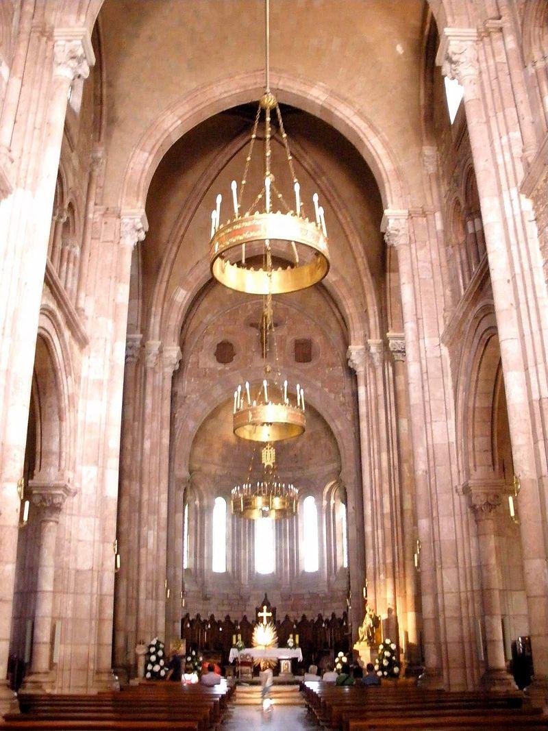 Covadonga - Basílica de Santa María la Real 25-.jpg