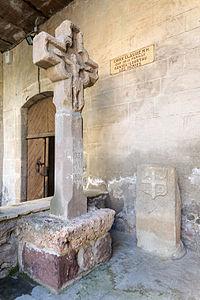 Croix de chemin Le Puech Lodeve.jpg