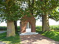 Cysoing - La chapelle aux arbres 1.JPG