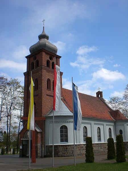 File:Czeczewo - kosciol (3).jpg