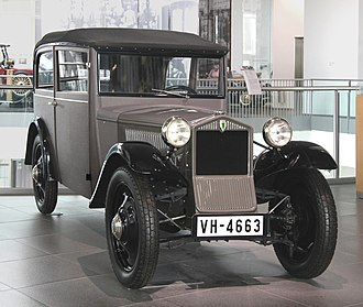 DKW F1 - Image: DKW F1 Limousine, Bj. 1931 (museum mobile 2013 09 03)
