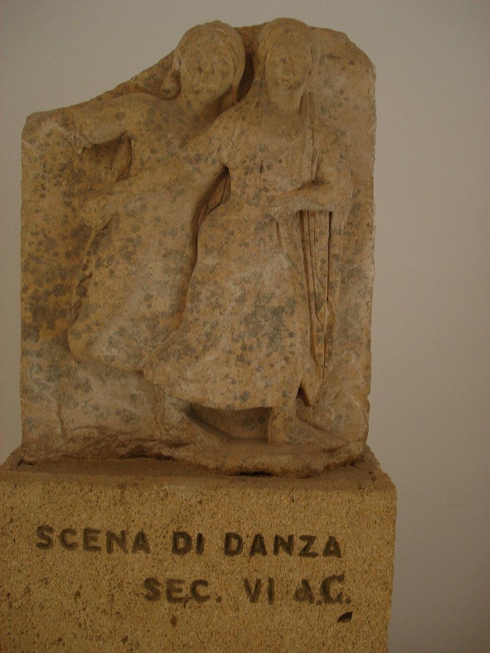 DSC00413 - Tempio Y di Selinunte sec. ViIa.C. - Danza - Foto G. Dall'Orto