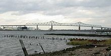 DSCN1727 outerbridge crossing from tottenville.jpg