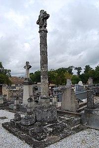 Daignac Croix de cimetière.JPG