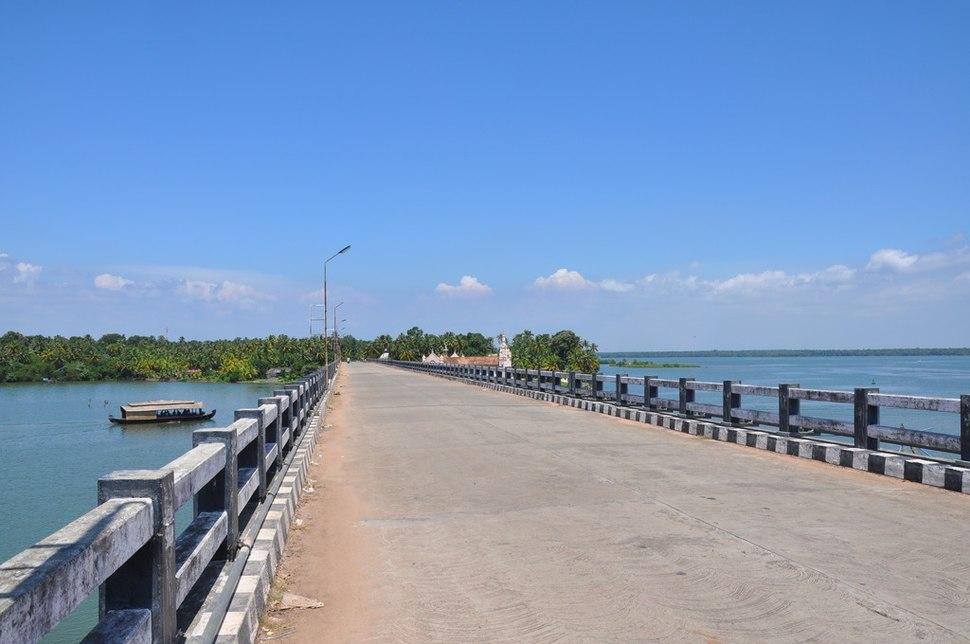 Dalavapuram bridgea