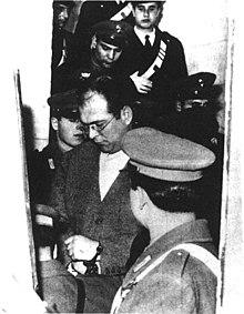 L'arresto di Dolci nel febbraio del 1956