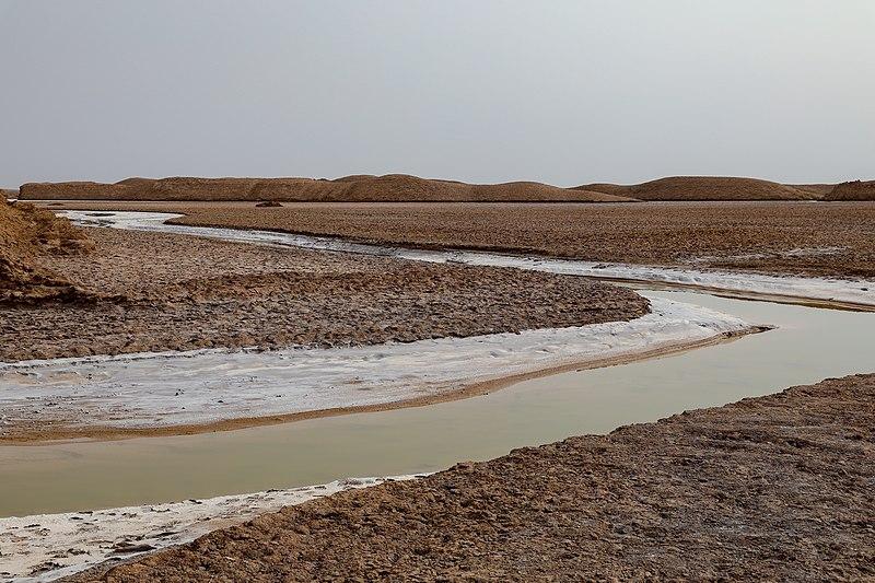 File:Dasht-e Lut Salt Desert in Kerman Province (Iran) 11.jpg