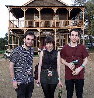 Daughter (band) English indie folk band