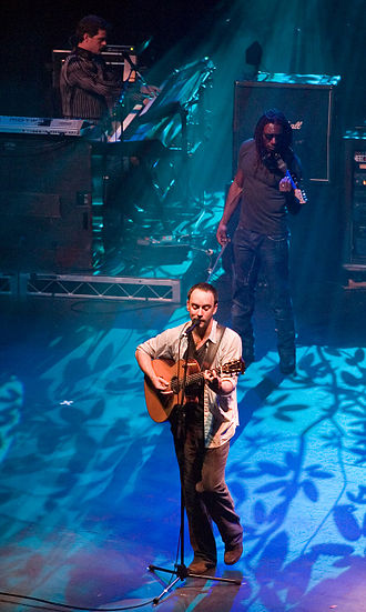 Dave Matthews Band - Dave Matthews, Boyd Tinsley, and Butch Taylor in Melbourne during their first tour of Australia