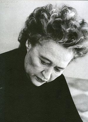 Chryssa (1933-)