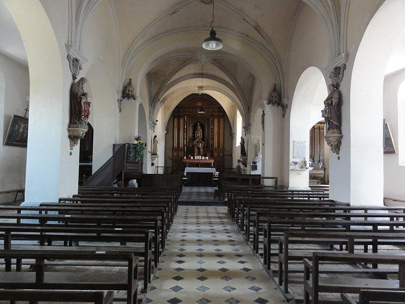 Dohis (Aisne) église, nef central
